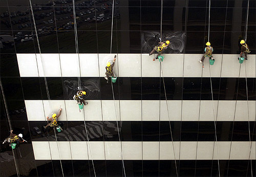 The tough life of window cleaners