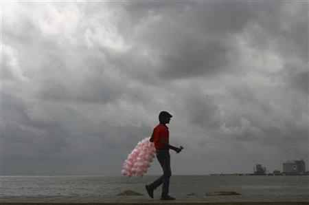 Poor rains globally may add to India's woes