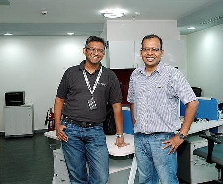 Lakshmanan Narayan with Kumar Krishnasami.