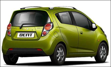 5 fuel efficient cars that give 25 kms per litre