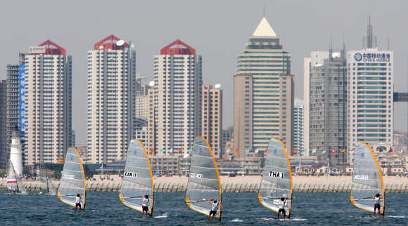 Competitors of the 2006 Qingdao International Regatta sailing competition compete on the first day of the games in Qingdao, China's eastern province of Shandong.