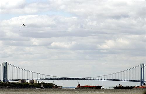 Verrazano-Narrows Bridge.