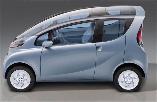 Tata Technologies displays eMO EV.