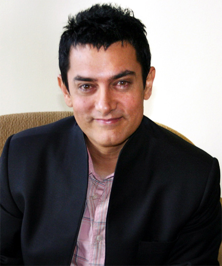 What Aamir Khan WANTS from Pranab