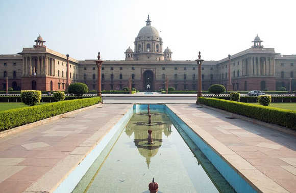 The Secretariat Building houses Ministries of Defence, Finance, Home Affairs and External Affairs in New Delhi. It also houses the Prime Ministers office.