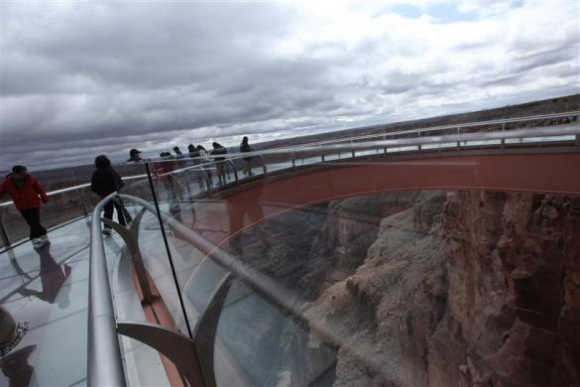 Amazing photos reveal beauty of Grand Canyon Skywalk