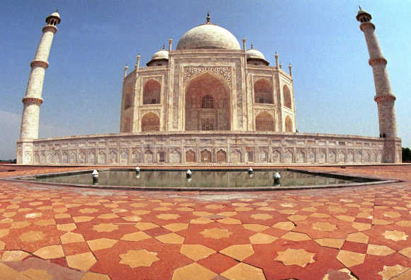 A view of Taj Mahal in Agra.
