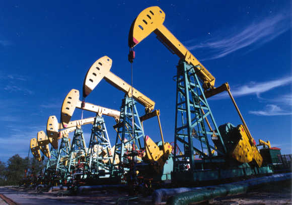 Oilfield pumping units of PetroChina Daqing Oilfield Company Limited at Daqing, northeast China's Heilongjiang province.
