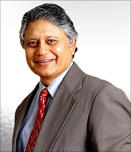 Shiv Khera.