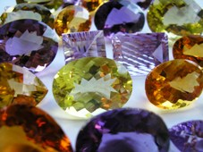 Gems, jewellery: A cut in duty sought