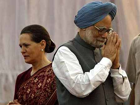 Congress President Sonia Gandhi and Prime Minister Manmohan Singh.