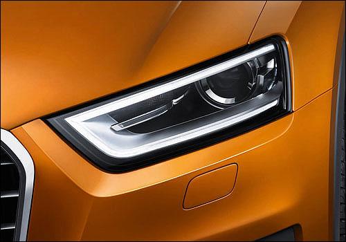Audi Q3 head lamp.