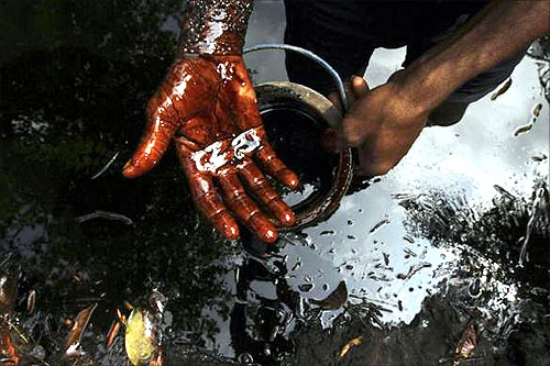 How thieves steal crude oil in Nigeria
