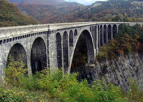 Roizonne Viaduct.