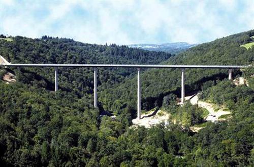 Elle Viaduct.