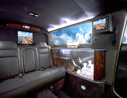 Mercedes S550 Pullman 54 Premier interior.