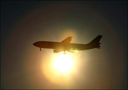Falling rupee spells fresh trouble for airlines