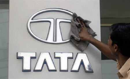 TCS gives Rs 5-cr farewell gift to Tata
