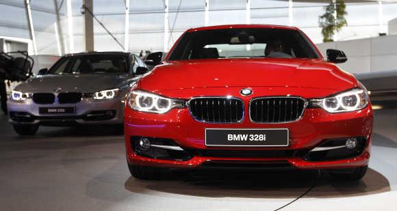 BMW 328i.