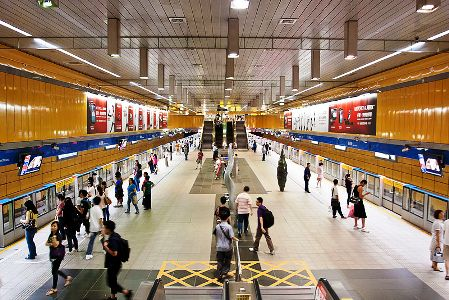 Stunning IMAGES of 30 rail stations around the world