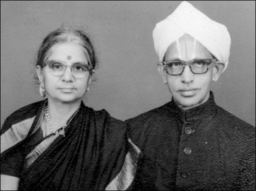 Vijay Govindarajan's parents.