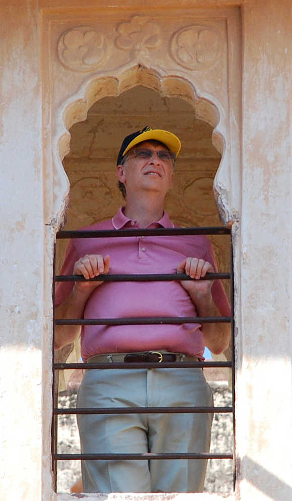 Bill Gates stands at the Mehrangadh Fort in Jodhpur.