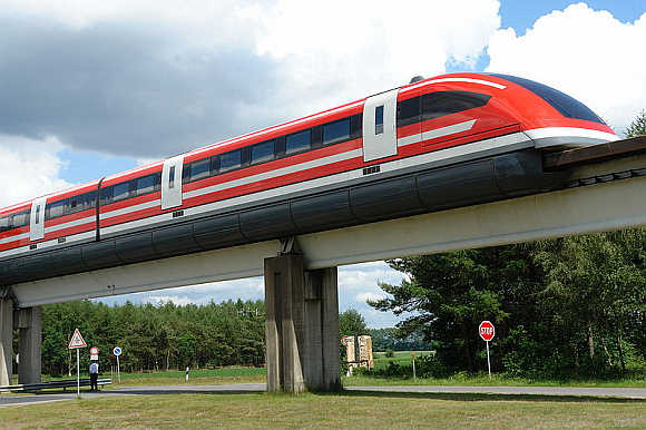 11 incredibly fast trains in the world