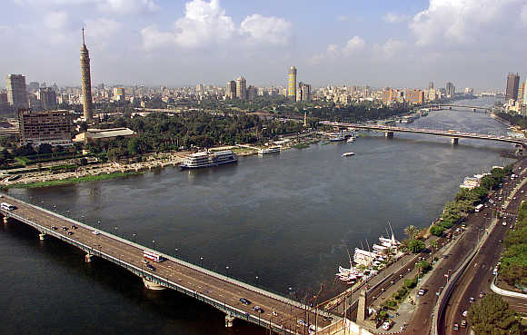 A view of the Nile river flowing through Cairo.