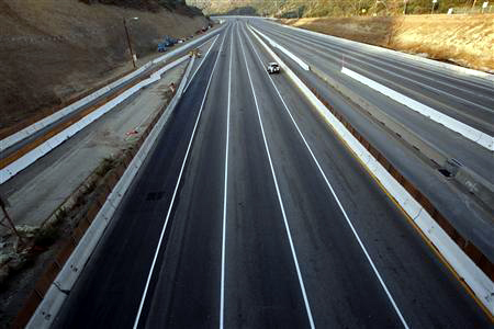 golden quadrilateral road project Highway to success in india : the impact of the golden quadrilateral project for the location and performance of manufacturing (english).