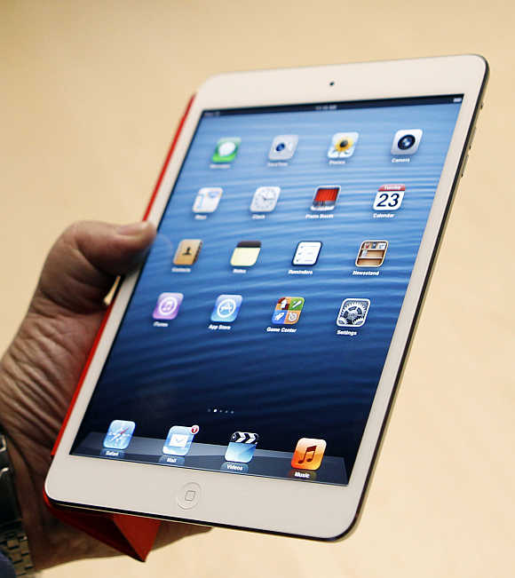 iPad Mini will have a 7.9-inch display with a resolution of 1024 x 768 pixels.