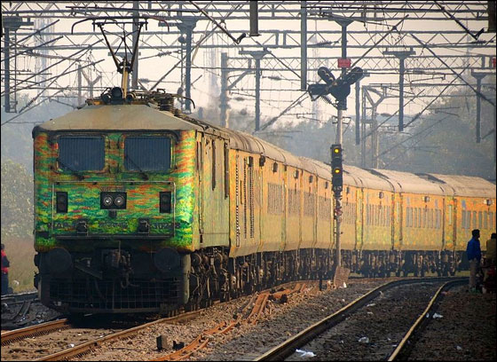 Rail Budget 2013: Railway stocks fall