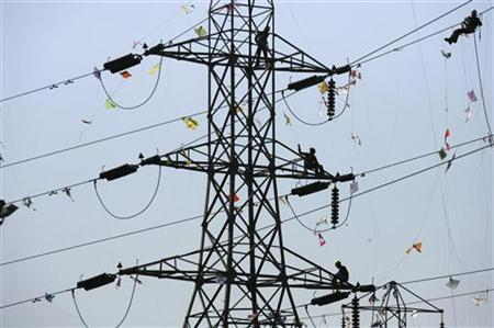 According to CEA data, as on July 31, 2012, installed thermal power capacity in Gujarat was 18,962 Mw.