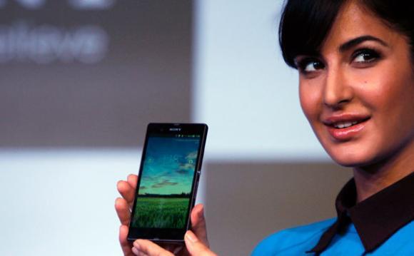 Bollywoord star Katrina Kaif holding Sony Xperia Z smartphone.