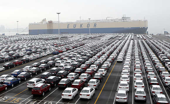 Cars made by South Korea's biggest automakers Hyundai Motor Co and affiliate Kia Motors Corp are seen at a shipping yard of the automakers at a port in Pyeongtaek, about 70km south of Seoul.