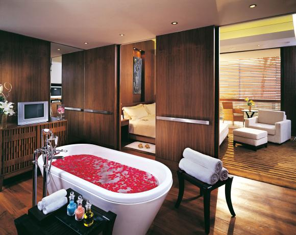Presidential Suite Bathroom At The ITC Sonar Kolkata