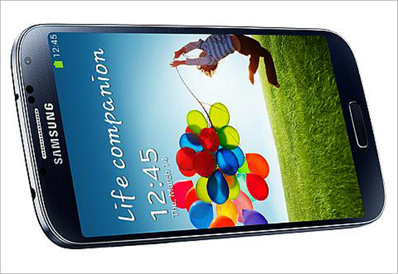Reviewers worldwide give thumbs down to Galaxy S4