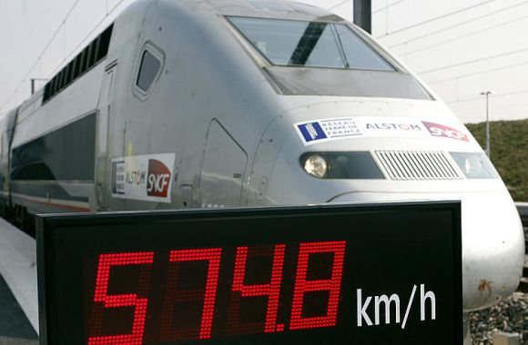 The special V150 French TGV high-speed train is seen after setting a world speed record at 574.8kmph in France's Champagne region at Bezannes, eastern France April 3, 2007.