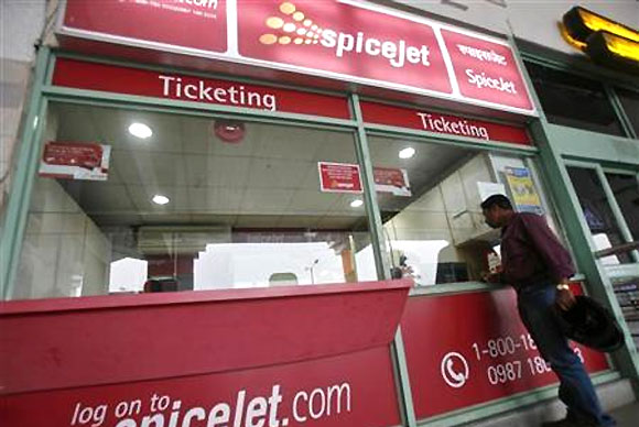 A SpiceJet ticket booking counter.