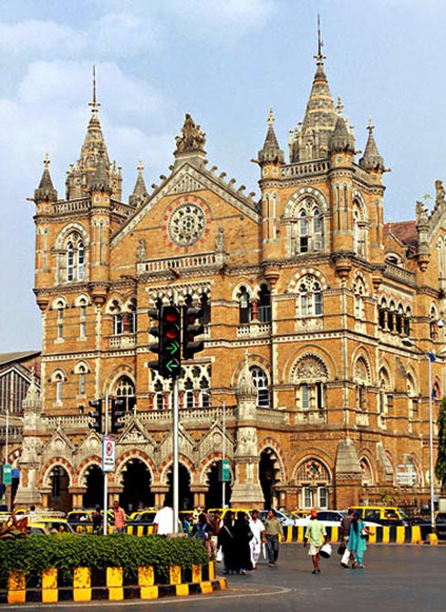 World's largest, busiest and highest railway stations