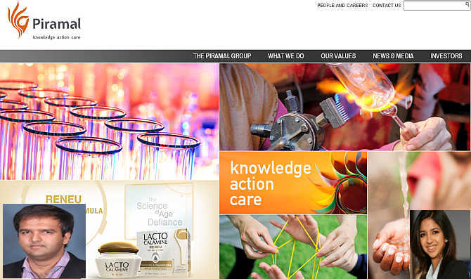 Homepage of Piramal Group. Inset, Anand, left, and Nandini, right.