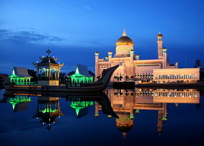 Dusk at the Sultan Omar Ali Saifuddin Mosque in Brunei on the eve of Ramadan.