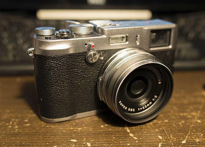 Fujifilm X100S.