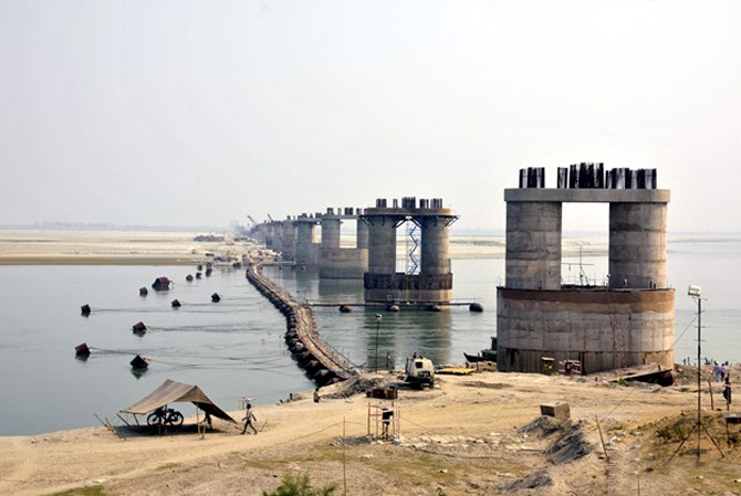 India's longest rail-cum-road bridge