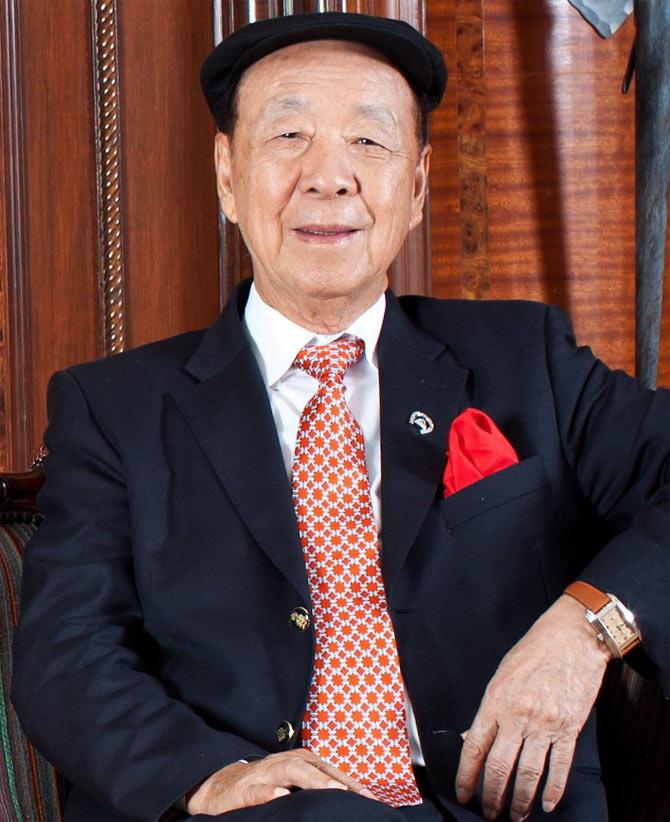 Lui Chee Woo.