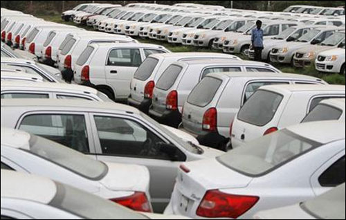 Maruti's Jan sales down 1%, Hyundai's up 4%