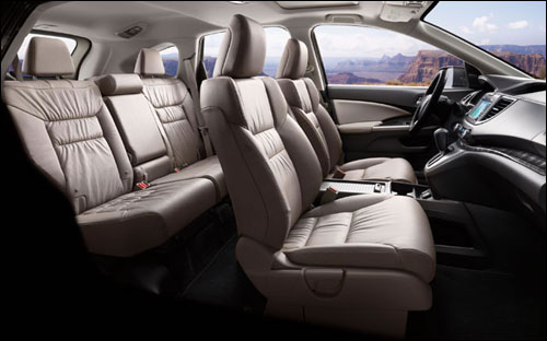 Wherever you take your CR-V, up to four adult passengers can ride with you comfortably.