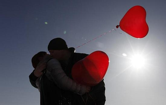 No date for Valentine's Day? New apps may help