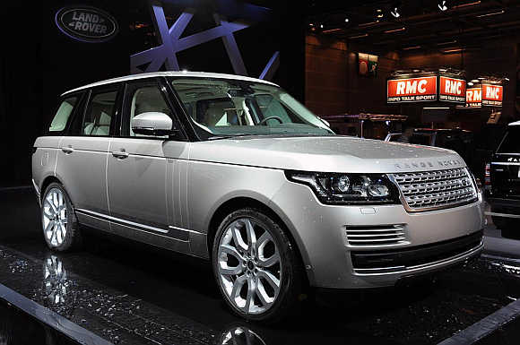 Land Rover Range Rover.