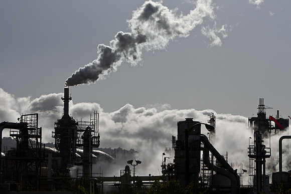 Smoke is released into the sky at the ConocoPhillips oil refinery in San Pedro, California.