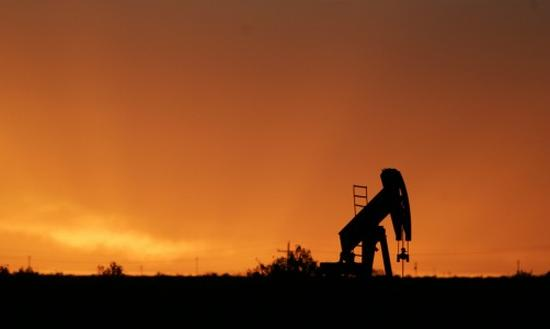 Long Beach and Fort Worth inhabitants believe that the benefits of oil and gas production were worth despite risks.